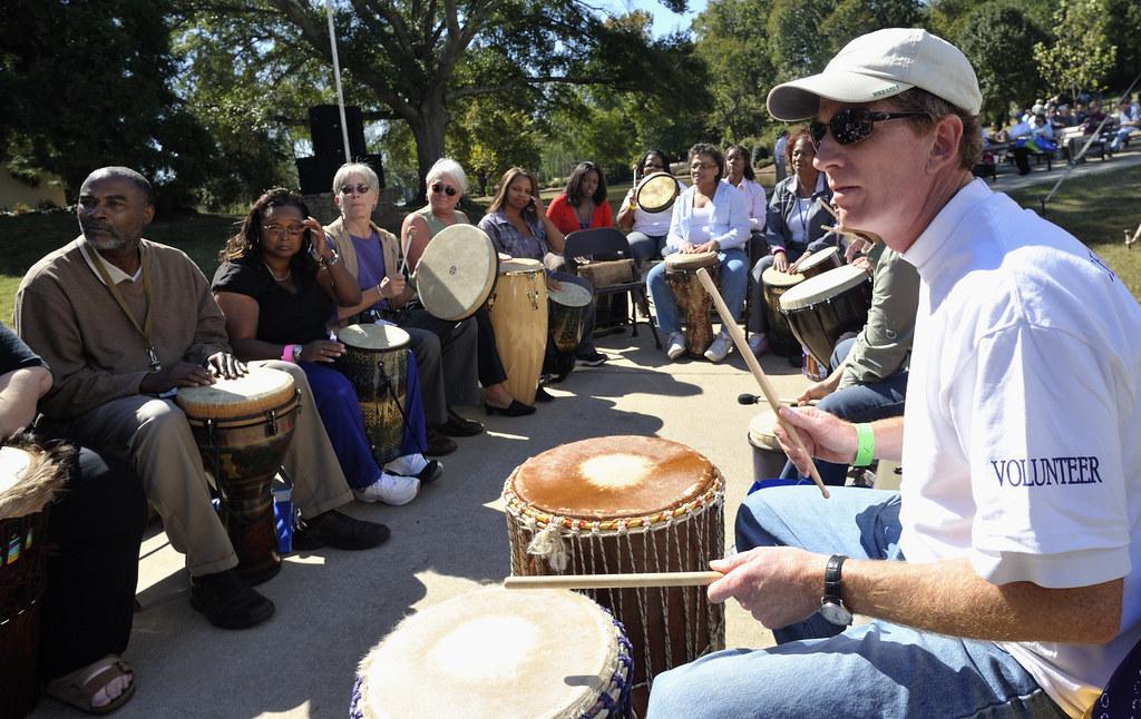 Volunteer playing music